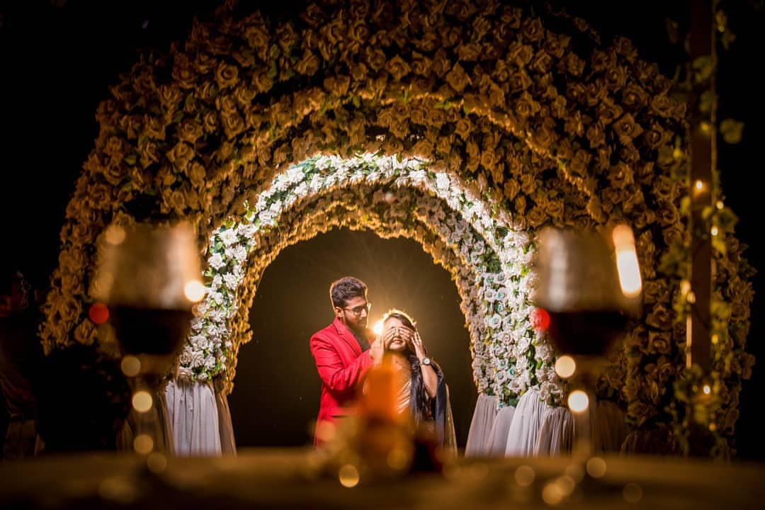 (01) Schedule - 1 Pre Wedding Shoot Location/Props hire services ( Full access )